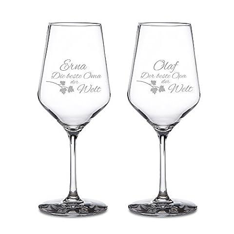 Weißweingläser – 2er Set Weingläser mit Gravur für Oma und Opa – Personalisiert mit [NAMEN] – Motiv 3 - Weinglas als Geschenkidee für Großeltern – Weihnachtsgeschenke