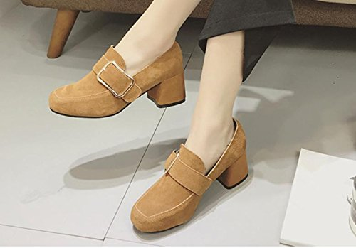 2017 chaussures simples boucles latérales de ressort femelle avec boucle en métal hauts talons de chaussures en cuir avec mat apricot