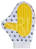 #4: SRI Paw Pattern Pet Dog Shower Grooming Bathing Gloves (RED/GREEN)