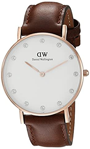 Daniel Wellington Classy Women Quartz Watch with Analog Display and Brown Leather Strap -
