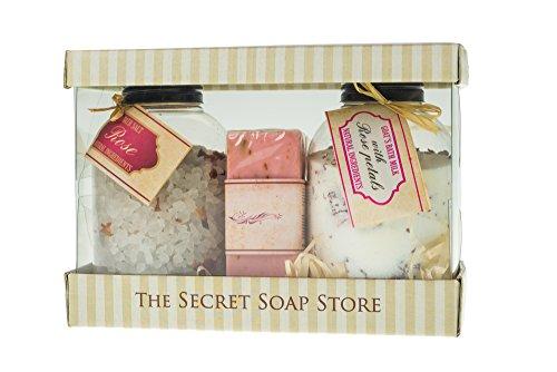 Set de bain! 3-pièce ensemble-cadeau, les soins - cosmétiques naturels avec des fleurs de rose: bain de sel (500 g), poudres de bain avec du lait de chèvre (400 g), savon naturel (250 g).