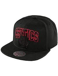 Mitchell   Ness NBA Boston Celtics HUD050 Red Pop Snapback Cap Kappe Basecap 2121f88dd7a