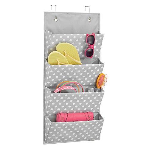 mDesign Colgador de armario con 4 bolsillos – Organizador de accesorios, zapatos y ropa – Organizador para colgar en el armario o puerta – gris/blanco