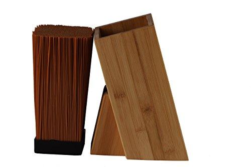 Universal Messerblock im schlichten Holzdesign in zwei Varianten Bambus oder schwarz lackiert, mit heraushenmbarem Kunsstofeinsatz (Bambus)