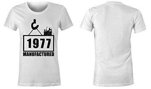 Manufactured 1977 - Rundhals-T-Shirt Frauen-Damen - hochwertig bedruckt mit lustigem Spruch - Die perfekte Geschenk-Idee (02) weiss