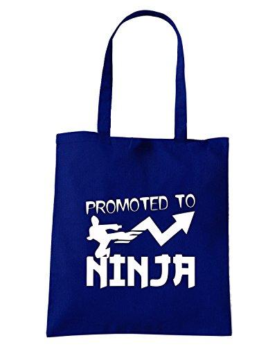 T-Shirtshock - Borsa Shopping TBOXE0058 promoted to NINJA! with kicking guy Blu Navy