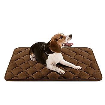 Tapis doux pour chien, Coussin de luxe et durable, Tapis antidérapant et lavable de chien Hero Dog (brun, M)