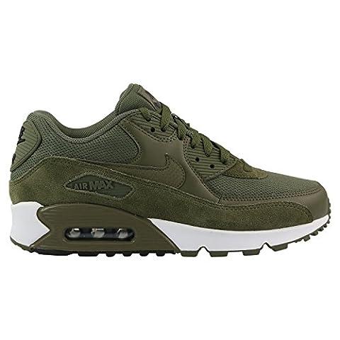 537384 201|Nike Air Max 90 Essential Sneaker Oliv|47