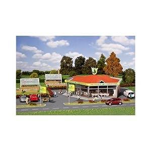 Faller - Edificio de negocios y oficinas de modelismo ferroviario (T2M - Faller F190246)
