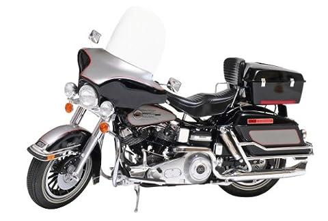 Tamiya 300016037 - 1:6 Harley-Davidson FLH Classic Bike (Bausatz Harley Davidson)