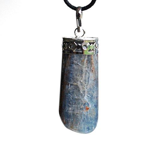 Ciondolo di cianite grezza, con potere energetico reiki, cordino incluso (in bella confezione regalo)