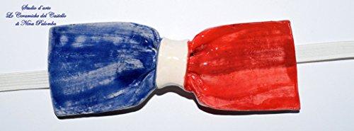 Fliege Keramik Flag Linie Frankreich Piece Unique Hergestellt und von Hand bemalt Le Ceramiche del Castello Made in Italy Maße: 10,5 x 5 cm.