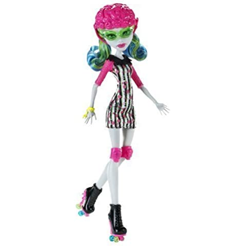 Skultimate Roller Maze Is A Ferocious Game That Requires Monster Skills - Monster High Roller Maze Ghoulia Yelps Doll by Mattel