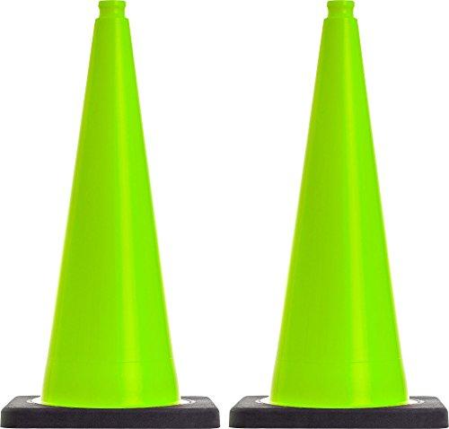 2 Stück Leitkegel, Pylonen 4,2kg schwer, flexibel 75 cm groß, hellgrün, ohne Folienstreifen,