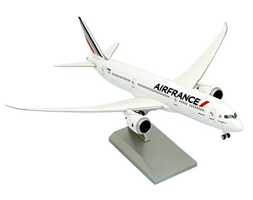 maquette-avion-air-france-boeing-787-9-dreamliner-au-1-200-en-plastique