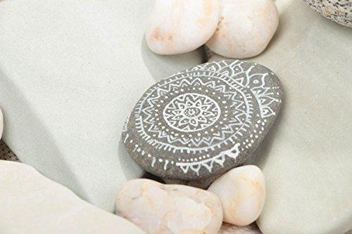 deko-stein-mit-bemalung-acrylfarben-handmade-schmuck-fur-haus-interieur