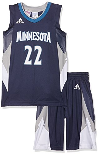 adidas Jungen Basketball Dress Set Timberwolves mit Trikot Shorts, White/Blue, 140