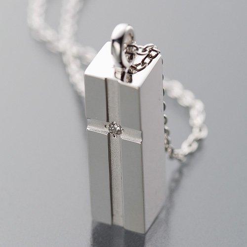 marca-de-la-tienda-takita-queda-pendiente-joyera-soul-funeral-sterling-silver-diamond-ceniza-cripta-