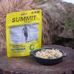 Summit To Eat Lachs und Brokkoli Pasta Trekkingnahrung Outdoor-Essen