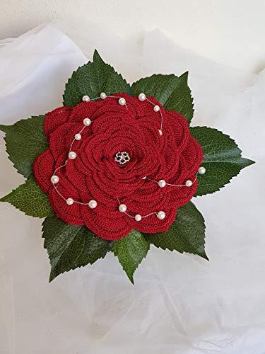 Bouquet da sposa, promessa di matrimonio, portafedi regalo laurea handmade, composto da una grande rosa lavorata all'uncinetto, sugherello, pizzi, merletti e perline.