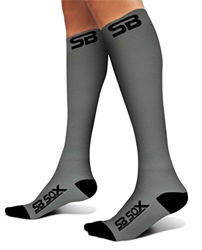 SB SOX Kompressions Socken (20-30mmHg) für Damen & Herren-Best für Laufen, Medical, Athletic, Ödeme, Diabetiker, Krampfadern, Reisen, Schwangerschaft, tibiakantensyndrom, Pflege. (Diabetiker Gepolsterte Socken)