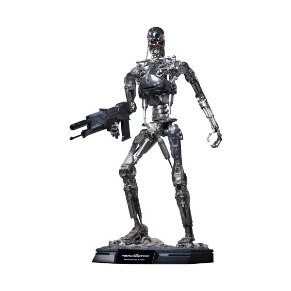 Terminator - 1/4 scale Figure: T-800 Endoskeleton (2nd Production) by Hot Toys 1