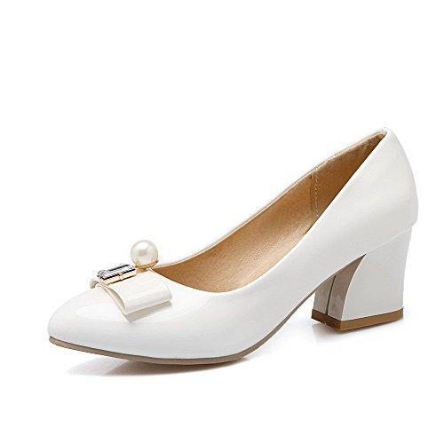 AllhqFashion Damen Ziehen Auf Mittler Absatz Pu Rein Spitz Zehe Pumps Schuhe Weiß