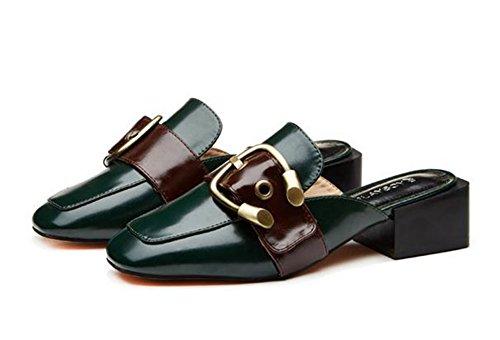 YTTY In Inghilterra Il Vento Con Le Pantofole Baotou. L'inchiostro Verde