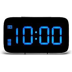 Alarmes de chevet non tic-tac, ONEVER horloges de cube d'affichage à LED de Digital, à piles, commande vocale (Bleu)