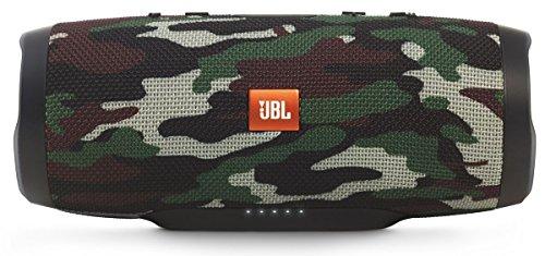 JBL Charge 3 Tragbarer Bluetooth-Lautsprecher (wasserdicht, mit 6000 mAh Power Bank und Freisprechfunktion) camo Tragbare Lautsprecher Strand