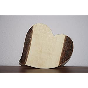 geschwungenes Herz aus Zirbenholz