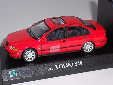 volvo-s40-s-40-2000-rot-red-limousine-sedan-mit-sockel-1-43-modellauto-modell-auto