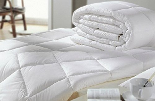 Couette synthétique style scandinave 100g/m²