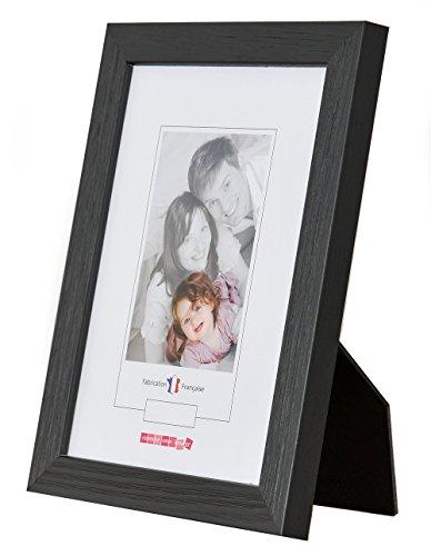cr-diffusion-1013018000011030-marco-de-fotos-en-madera-rayada-negra-157-x-15-x-207-cm