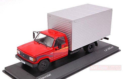 WHITEBOX WB267 CHEVROLET D-40 RED/SILVER 1:43 MODELLINO DIE CAST MODEL D40 Kit