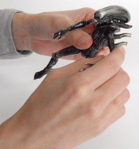 Alien Revoltech SciFi Super Poseable Action Figure #001 Alien Big Chap [Toy] (japan import) 4