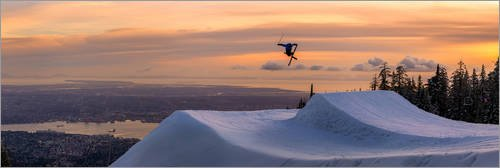 Poster 90 x 30 cm: Freestyle-Skifahrer im Abendrot von Tyler Lillico/Robert Harding - hochwertiger Kunstdruck, neues Kunstposter (Freestyle-ski-poster)