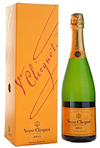 VEUVE CLICQUOT Yellow Label Champagne 75cl Bottle