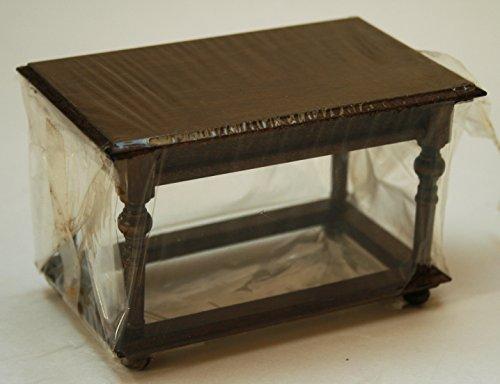 Puppenhaus Tisch von Dora Kuhn