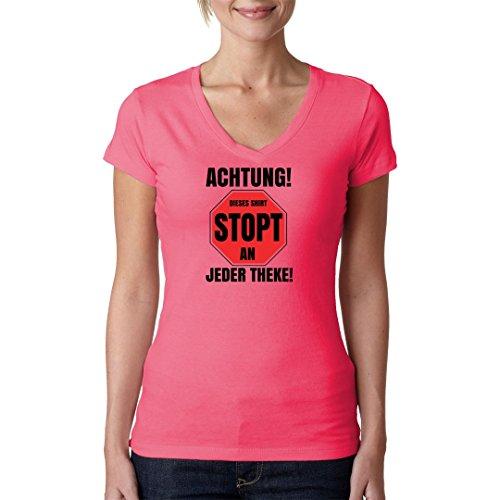 Fun Sprüche Girlie V-Neck Shirt - Stopt an jeder Theke by Im-Shirt - Light-Pink S