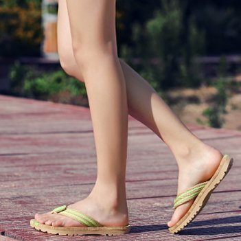 Coppia di slittamento in ciabatte da spiaggia estate/Marea moda tempo libero scarpe A