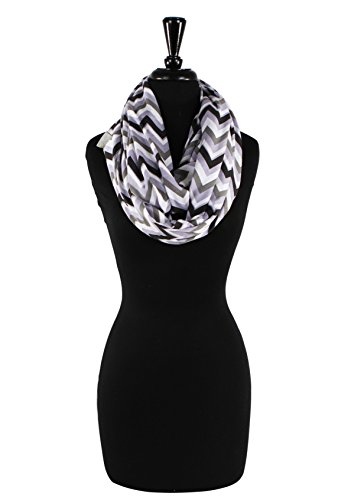 itzy-ritzy-nursing-happens-infinity-breastfeeding-scarf-charcoal-haze-chevron