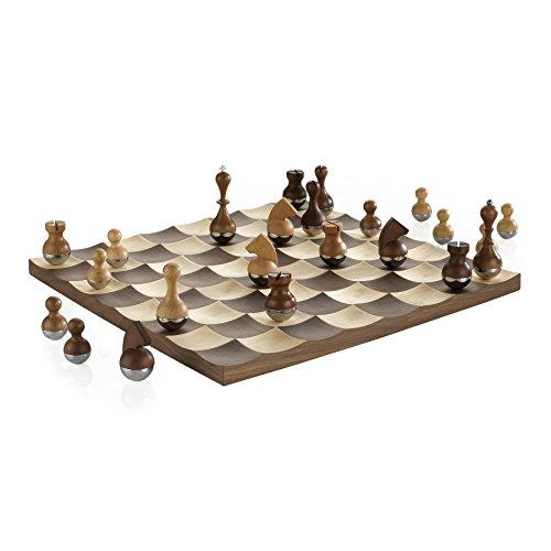 UMBRA Wobble Chess. Jeu d'échec Wobble. Avec pions en bois \
