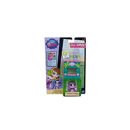 Littlest Pet Shop Mini Style Set with Zoe Trent Figure by Littlest Pet Shop (Littlest Pet Shop Style Set)