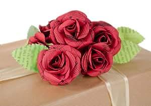 Bouquet di rose rosse di carta da musica riciclata realizzato a mano (4.5cm x 4.5cm)