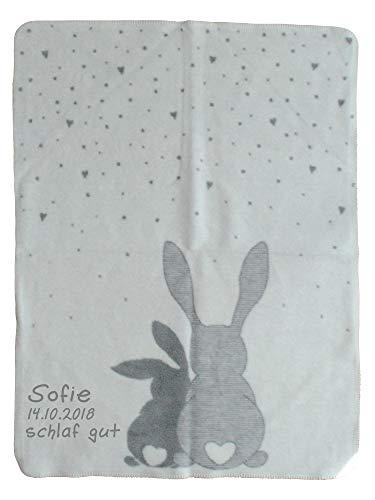 Wolimbo Babydecke mit Ihrem Wunsch-Namen und Ostern Motiv - Hasen Motiv - Baumwolle Acryl - 75x100 cm für Mädchen und Jungen