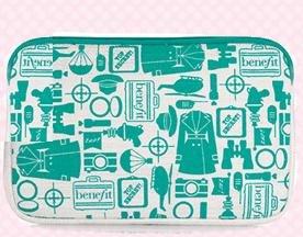 Benefit Kosmetiktasche Make Up Bag Tasche für Kosmetik, Handcreme od. Hygieneartikel Farbe: Silber / Creme / Petrol Abmessung: ca. 14,5 x...