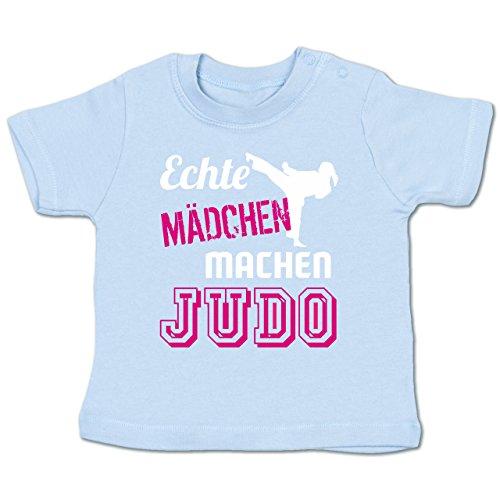 Shirtracer Sport Baby - Echte Mädchen machen Judo - 18-24 Monate - Babyblau - BZ02 - Babyshirt kurzarm