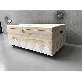 Holz Spielzeugkiste Weiß – Rollen Triangel skandinavisch mit Deckel – Groß