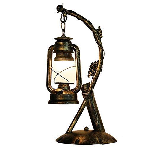 Aaedrag Personalidad creativa Retro Soporte de hierro forjado Iluminación interior País americano LED Lámpara de mesa de queroseno Retro Linterna Sala de estar Dormitorio Estudio Restaurante Estudio I